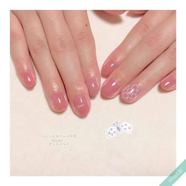 うる艶でかわいい♡「シロップピンクネイル」デザイン帖