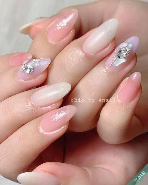 春ネイル、はじめます♡ピンク〜パープルの優しいペールカラーで魅せる指先に