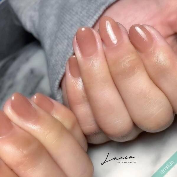 【シンプルネイルが好き♡】ワンカラーが目を引く、大人の綺麗な指先♡