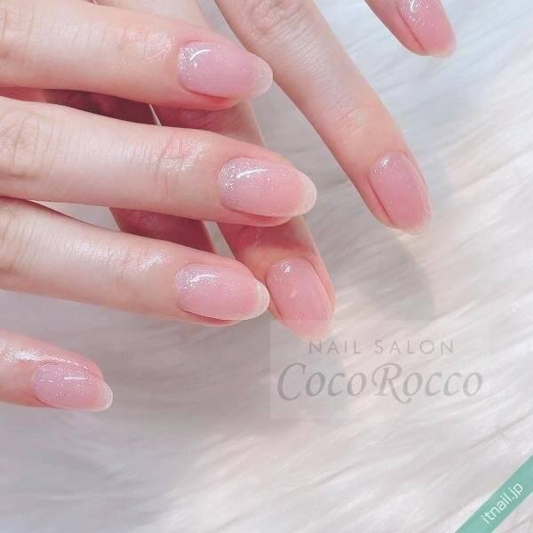 ベビーピンクネイルでほんのり血色感をオン♡美爪が叶う愛されデザイン集