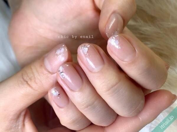 凛とした指先♡夏にかけておすすめの【ヌーディネイル】8選