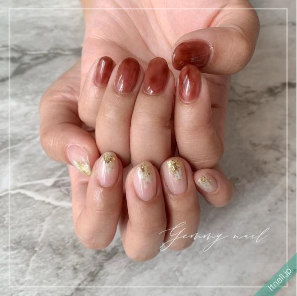 Gemmy nail