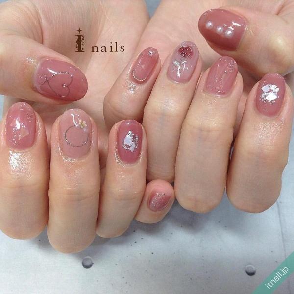 オールピンクのバラネイル
