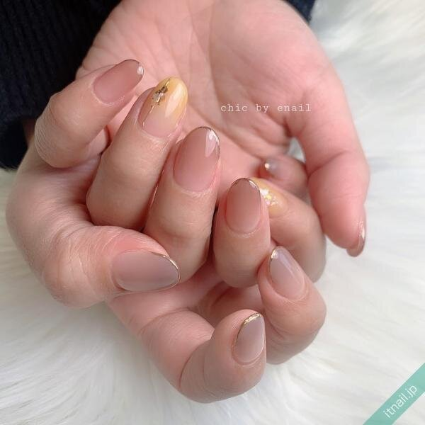 chic by enailが投稿したネイルデザイン [photoid:I0094428] via Itnail Design (639996)