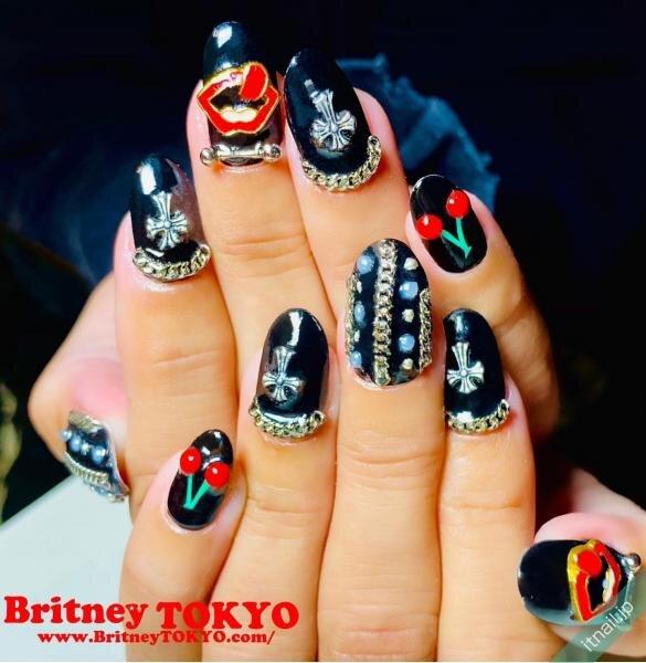 Britney TOKYOが投稿したネイルデザイン [photoid:I0091474] via Itnail Design (642439)