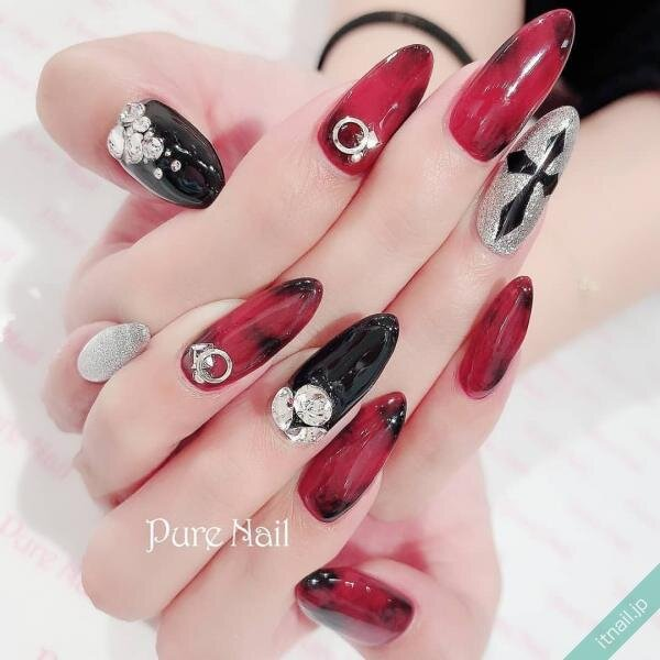 Pure Nailが投稿したネイルデザイン [photoid:I0085284] via Itnail Design (642442)