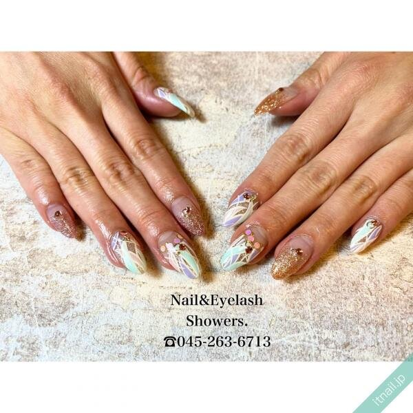 Showers.が投稿したネイルデザイン [photoid:I0081384] via Itnail Design (640741)