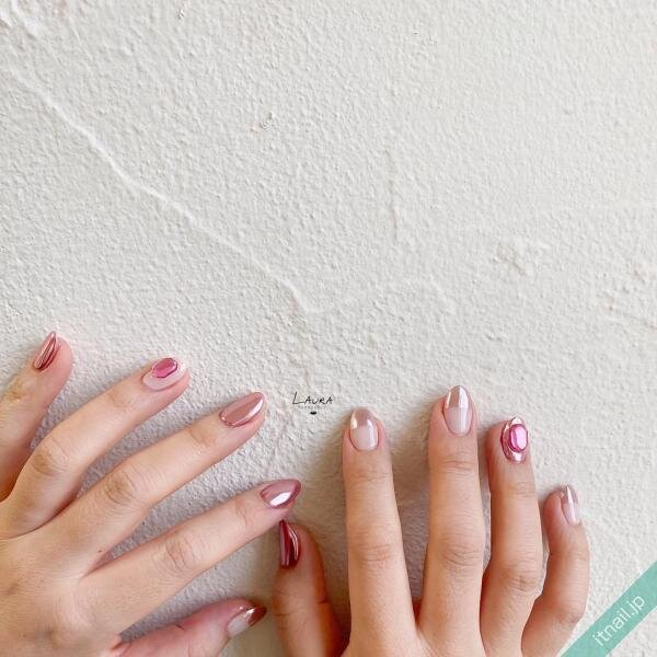 LAURA POMPONNEEが投稿したネイルデザイン [photoid:I0098604] via Itnail Design (648406)