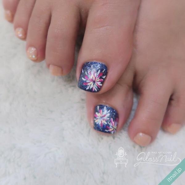 gloss nailが投稿したネイルデザイン [photoid:I0087180] via Itnail Design (649266)