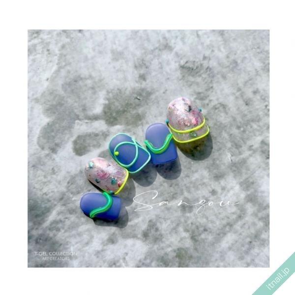 ねいる屋〜SANZOU〜が投稿したネイルデザイン [photoid:I0099354] via Itnail Design (650273)