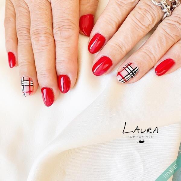 LAURA POMPONNEEが投稿したネイルデザイン [photoid:I0090135] via Itnail Design (653010)